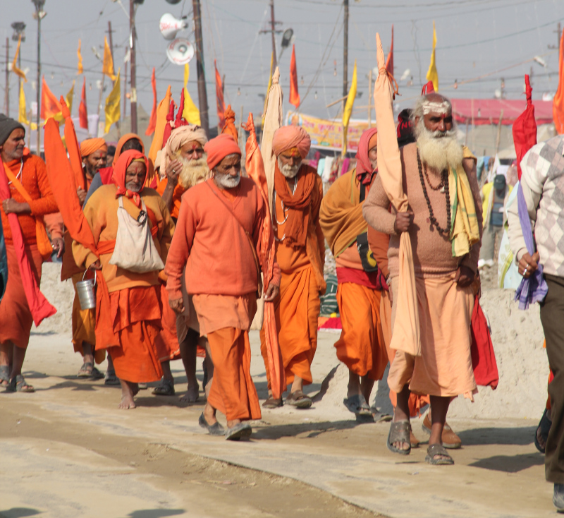 monks_kumbh_mela.jpg